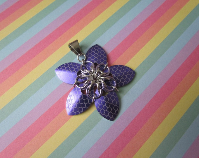 Scale Flower Pendant (Purple Dragonscale/Silver REVERSIBLE)
