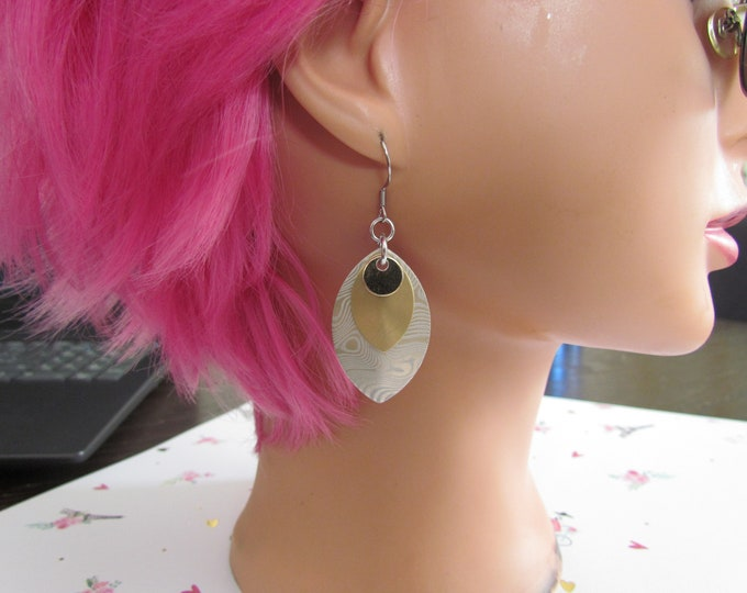 Triple Layer Scalemail Earrings (Gold/Matte Gold/Gold Damascus)