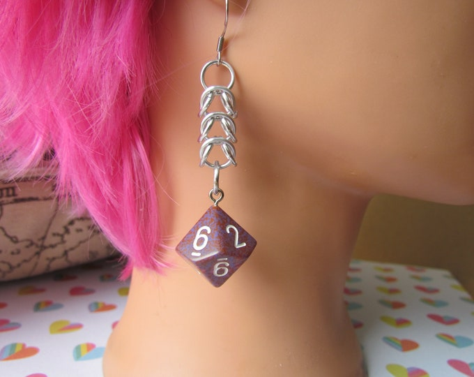 Red/Purple Speckled d10 Chainmail Earrings STAINLESS STEEL HOOKS