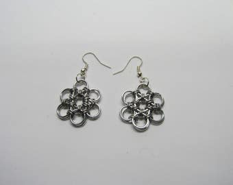 CLEARANCE - Chainmail Daisy Earrings - Silver
