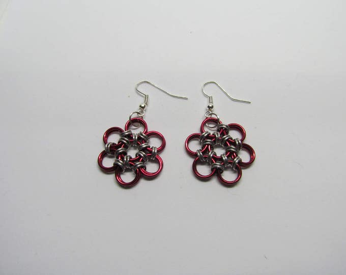 CLEARANCE - Chainmail Daisy Earrings - Red