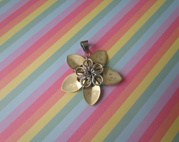 Scale Flower Pendant (Gold Celtic Knot/White REVERSIBLE)