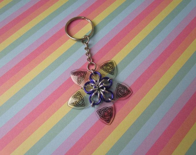Scalemail Flower Keychain (Transparent Celtic Knot/Purple)