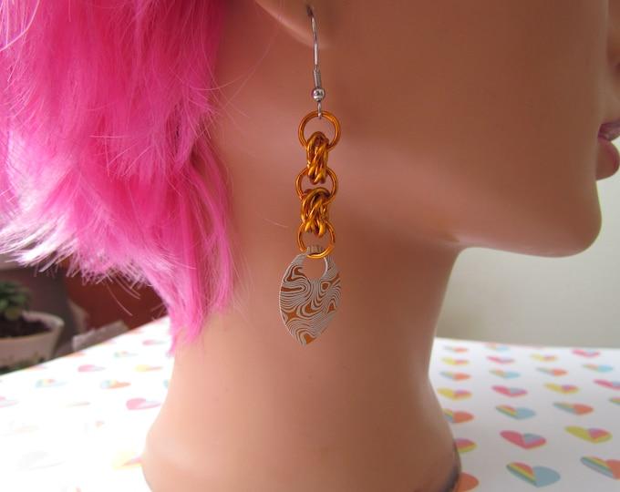 Double Mobius Knot Earrings - Orange Damascus