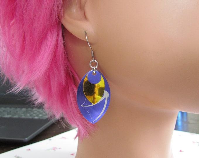 Triple Layer Scalemail Earrings (Purple/Yellow/Purple Dragon)