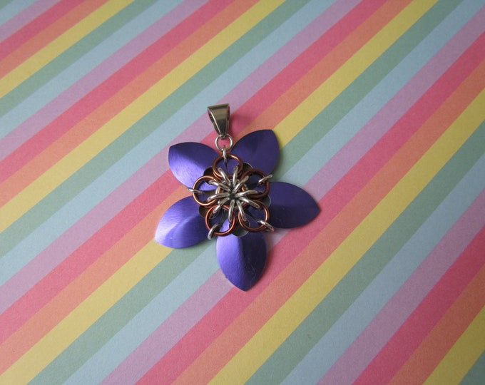 Scale Flower Pendant (Purple/Brown)