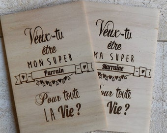 Card engraved in wood: do you want to be my super godfather?