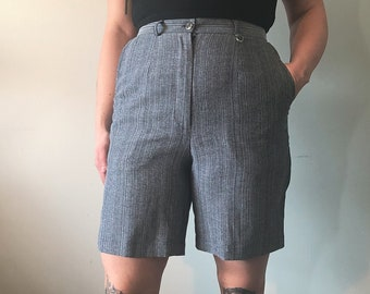 grey gray vertical striped high waisted trouser shorts  minimalist normcore  size 8 vintage 80s 1980 black