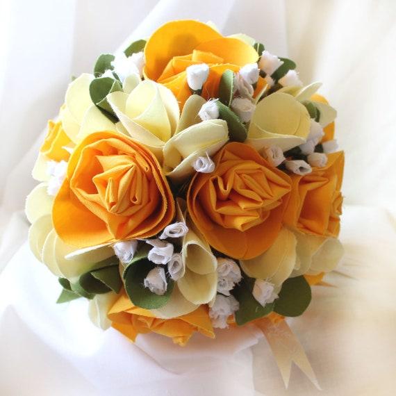 Mariage Anniversaire Bouquet Bouquet De Roses Jaunes Freesias Et Gypsophilia Fleurs De Mariée éternels Cadeau D Anniversaire De Coton En Tissu