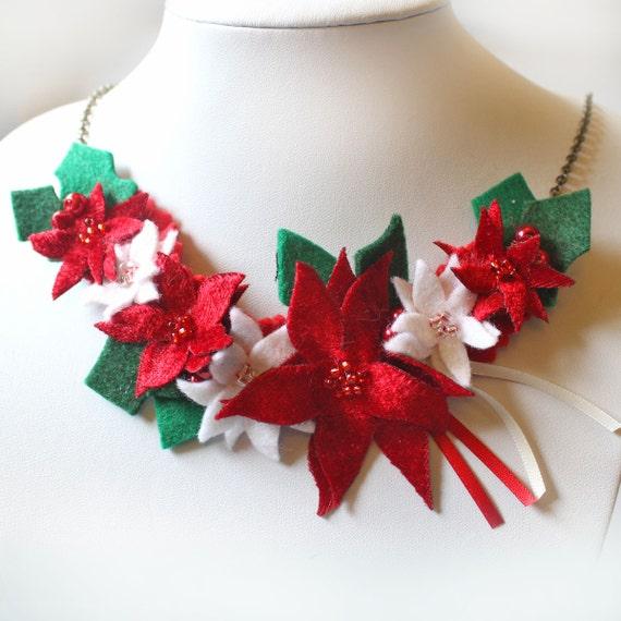 weihnachtsstern halskette weihnachten halskette mit wei en etsy. Black Bedroom Furniture Sets. Home Design Ideas