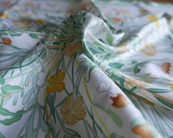 "HERMÈS. Gorgeous Fresh spring mood Hermès silk scarf ""Oeillets Sauvages et Autres Caryolphillees"" by Niki Goulandris 1990. Mint condition"