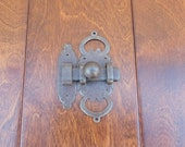 V2531 Rustic Cabinet Door Latch with Keeper 4 quot x 1.5 quot wide