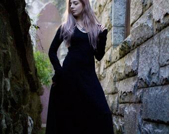 7a692590a61e7 Gothic Dress, Medieval Dress, Witch Dress - Black Maxi Dress, Renaissance  Faire Dress, Festival Dress, Long Black Dress, Long Sleeve Dress