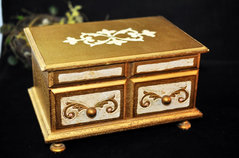 With a mirror inside Wonderful Gift Jewelry Box Make up box #1986 Great Florentine We have more to select from Musical