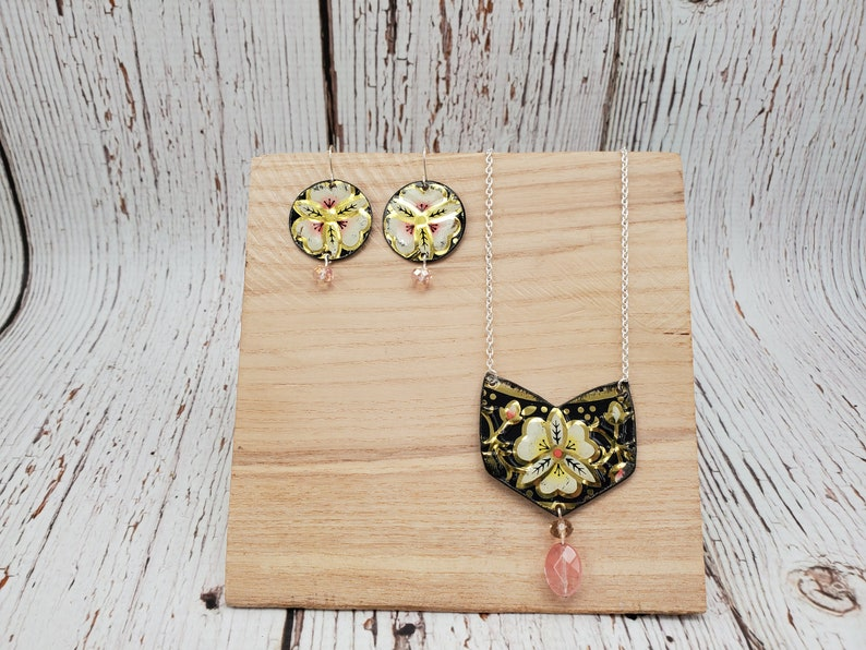 Repurposed Jewelry Vintage Tin Jewelry Art Deco Necklace Set Lightweight Necklace Floral Jewelry Necklace Earring Set Recycled Jewelry