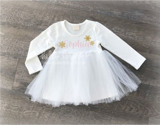 Snowflake Birthday Dress, First birthday outfit girl, Onederland, Winter wonderland birthday outfit, Cake smash outfit, Personalized outfit