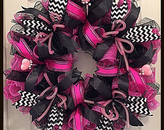Valentine Hot Pink and Black Deco Mesh Wreath/Hot Pink and Black Valentine Wreath/Valentine Wreath