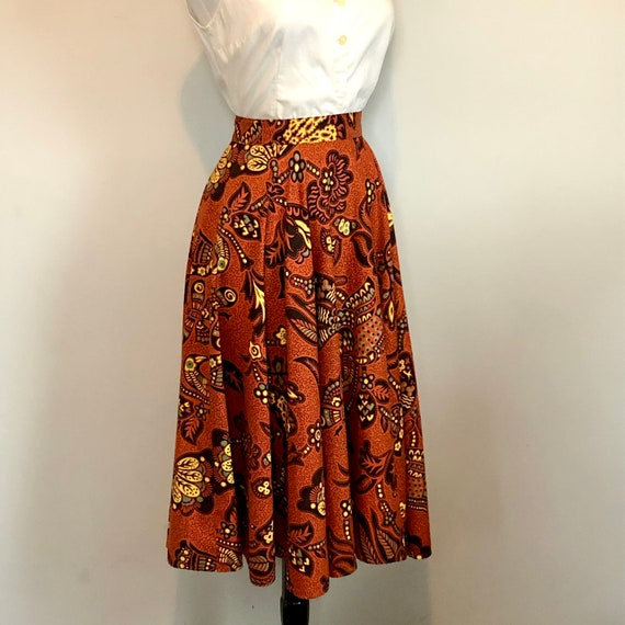 Gorgeous Vintage 1950's Butterfly Novelty Print S… - image 3