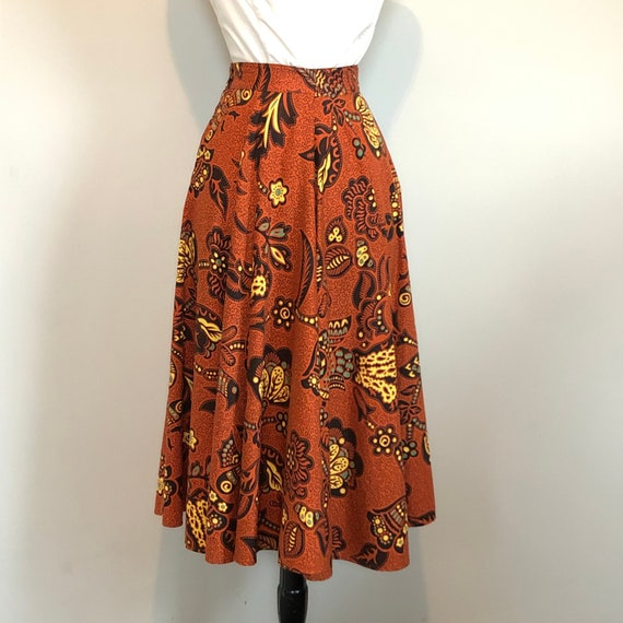 Gorgeous Vintage 1950's Butterfly Novelty Print S… - image 6