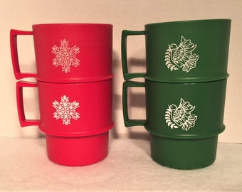 Tupperware Christmas mugs - 2 red, 2 green