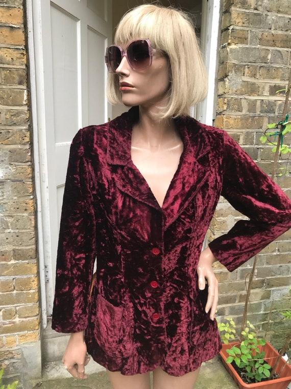 Fab late 60s early 70s crushed velvet burgundy plu