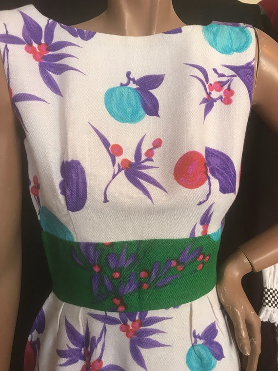 Gorgeous linen printed birds and fruit dress 1960s