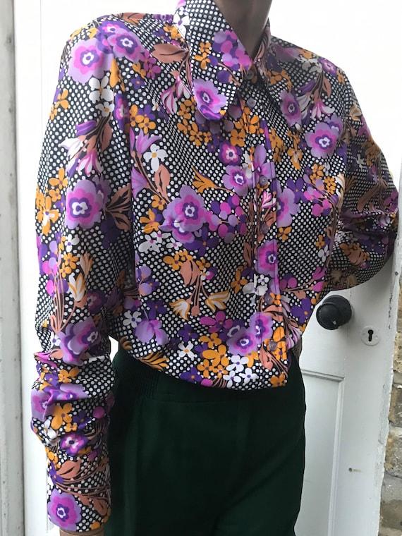 Penelope Pickwick cheery beagle collared blouse la