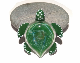 Green Sea Turtle Pendant - Blown Glass Turtle - Sea Lovers Gift - Moss Green - Art Glass - Handmade Gift - Turtle Jewelry - Ocean Necklace