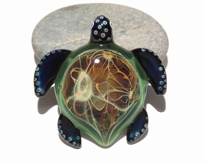 Green Power Turtle Pendant - Glass Pendant - Glass Jewelry - Glass Art - Turtle - Blown Glass - Artist Signed - Details of Pure Silver
