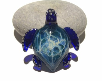 Ocean Bliss Turtle Pendant - Glass Pendant - Glass Jewelry - Glass Art - Turtle - Blown Glass - Artist Signed - Details of Pure Silver