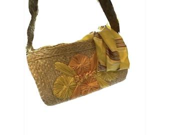VINTAGE 60s Woven Straw Purse Yellow Orange RAFFIA FLOWERS Zip closure Shoulder