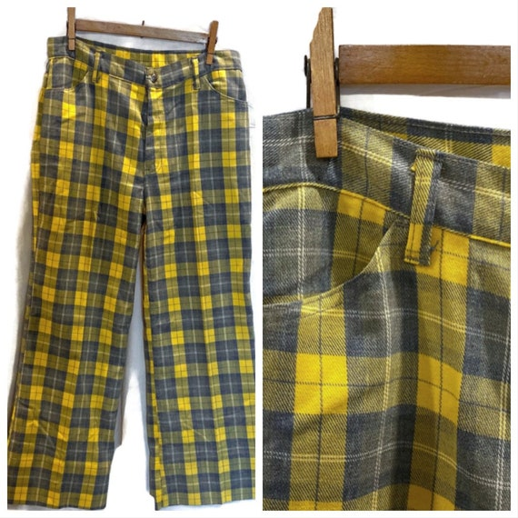 Vintage 1970s Plaid Levi Bell bottom pants