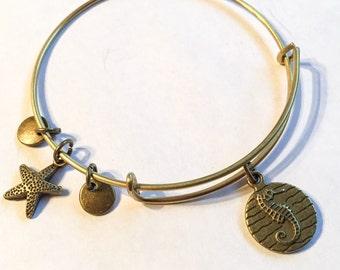 Seahorse bangle, seahorse, sealife bracelet, sealife bangle, sea, seahorse gift