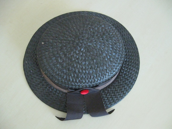 Child's Straw Hat - Perfect for Summer - image 1