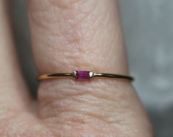 Tiny Baguette Ruby Stacking Ring / Size 7, Ready to Ship / 14K Solid Gold, Red, Delicate, Minimal Minimalist, Dainty Thin, Layering, Genuine
