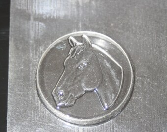 Mould #275 \u2014 Cameos with horses
