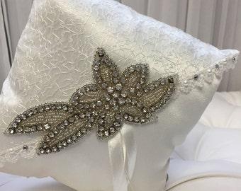 Ring Pillow, Ring Barrier, Wedding Ring Pillow, White Ring Pillow, Satin Ring Pillow, Ring Barrier Pillow