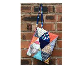Hanging Triangles Bag - a zipper bag you can hang on a pushchair or anywhere, grab and go! - PDF pattern / instant download