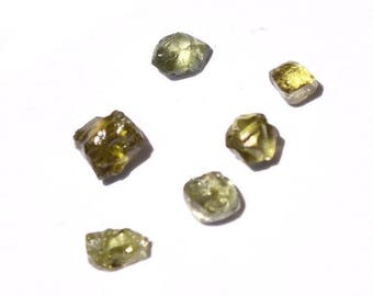 1.40 carat green rough diamond parcel