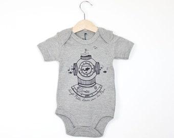 Body bébé gris chiné coeur chaine de vélo manches courtes  34dfaf26f92