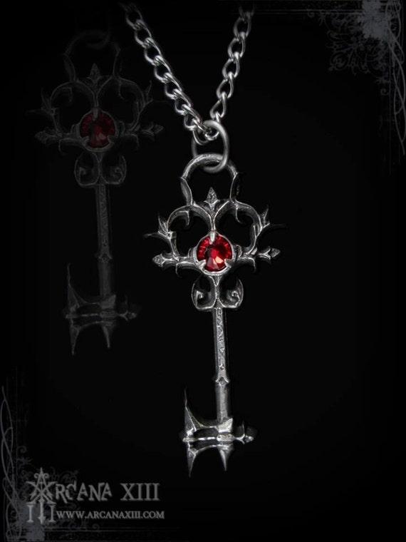 Handmade Gothic Harajuku Fashion W H Naoto Spiderweb Bag: Handmade Gothic Key Pendant Jewelbox Key Large