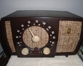 Vintage Zenith Tube Radio Table Top AM FM Working Condition Model T 723