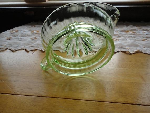 Vintage Citrus Juicer Reamer Green Depression Glass