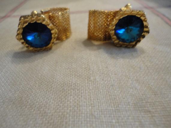Vintage Bermuda Blue Rivoli Crystal Gold Small Tie Pin