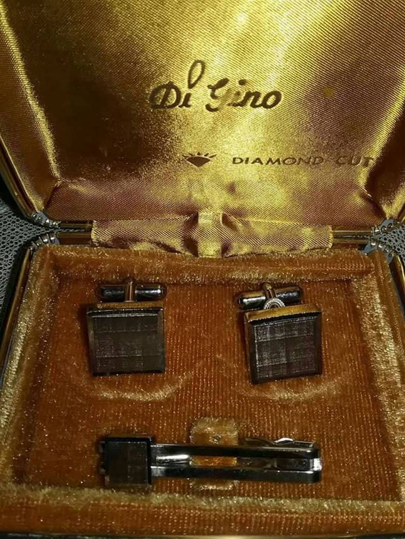 61732e2885a8 Vintage Di Gino men's cufflinks and tie clip diamond cut | Etsy