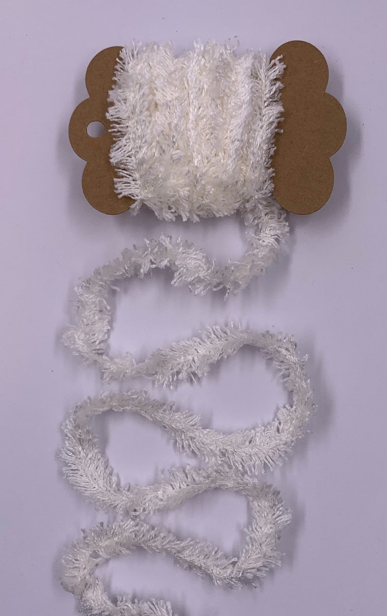 Ivory White 2 Yards Chenille Eyelash Trim Novelty Fibers Mixed Media Junk Journals Tags Art Yarn Crafts Collage Cards Embellishments