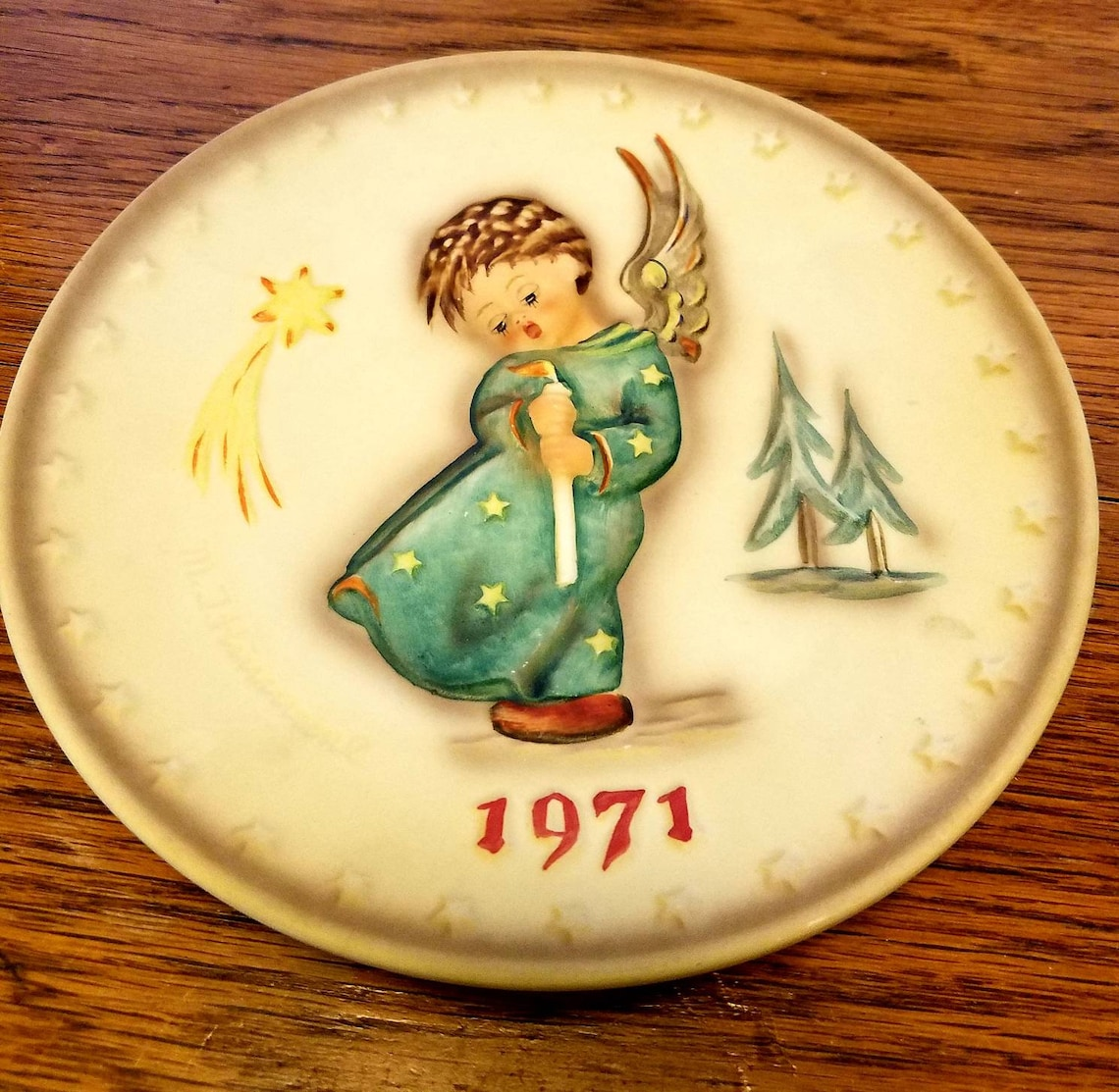 Hummel 1971 Christmas plate, with worn box, excellent condition plate, 1st in series, Musical Angel, Berta Hummel, Collector plate