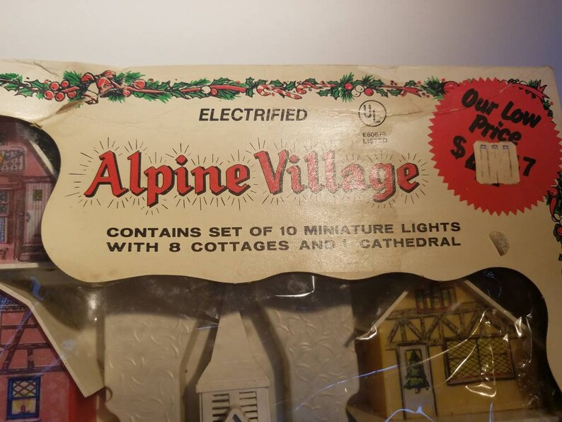 Vintage Regency Christmas Lights,Alpine Village antique 9 Buildings Decoration Christmas 1960s Christmas ornament Shiny bright putz