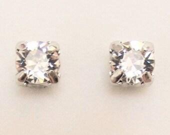Earrings White Black Stud Magnet Ear Stud Earrings Clip Cartoon Lightning Shape Stud Earrings For Women On No Ear Hole Gift