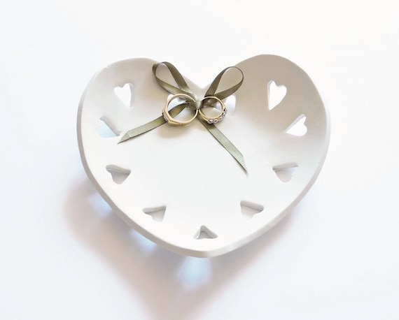 Ring Bowl Ring Bearer Pillow Alternative Ideas Unique Wedding Gift Heart Ring Holder Wedding Ring Dish Engagement Or Anniversary Gift